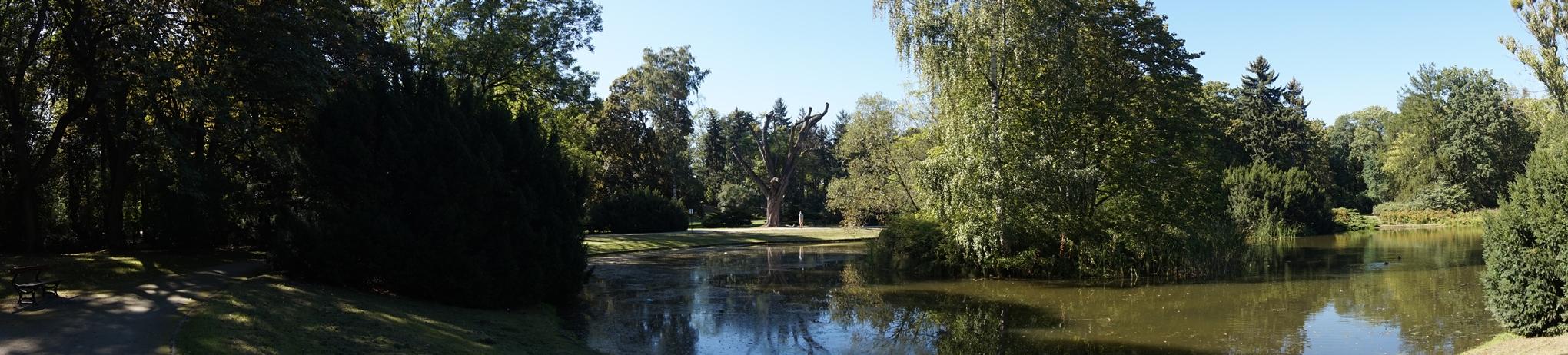 Park. J. Poniatowskiego 11
