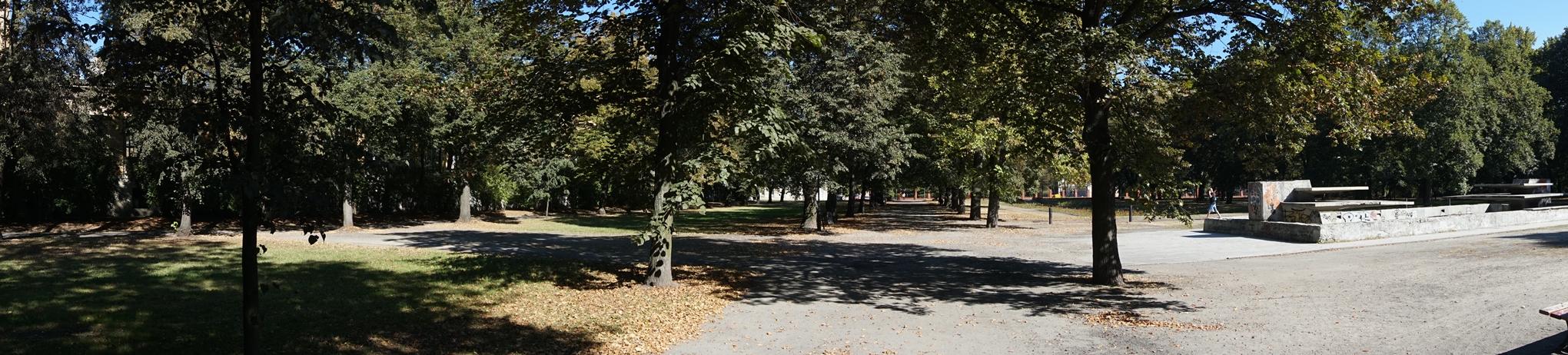 Park. J. Poniatowskiego 2