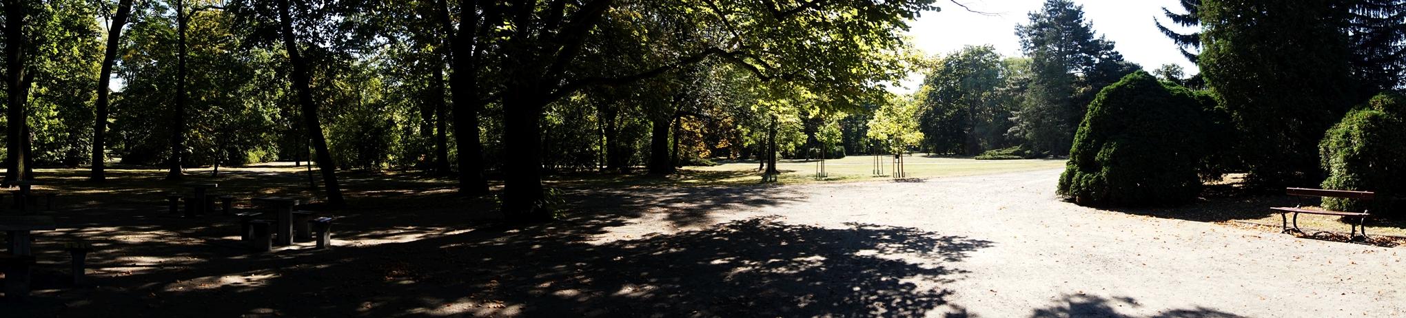 Park. J. Poniatowskiego 6