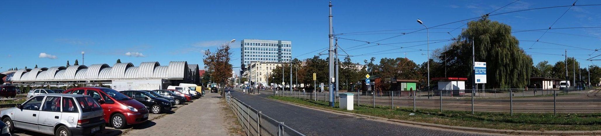 Plac Niepodległości 2